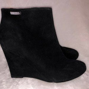 Calvin Klein Black Suede Wedged Ankle Booties 8M